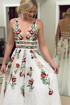 free shipping princess v neck floral embroidery prom