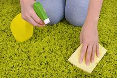 pulire i tappeti come pulire i tappeti in modo naturale il nostro decalogo