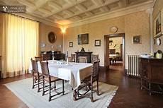 sala pranzo vintage estate with villa for sale in umbria perugia