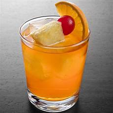 11 easy rum drinks to make at home