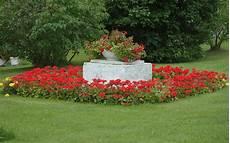 Flower Wallpaper Garden by Moril Flowers Garden Hd Wallpaper Background Image
