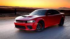 2020 dodge charger hellcat 2020 dodge charger srt hellcat widebody running footage