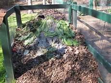 Composting Methods 7 Easy Composting Methods For Lazy Gardeners Gardeners