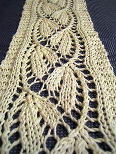 stricken lochmuster lacy scarf knitting patterns in the loop knitting
