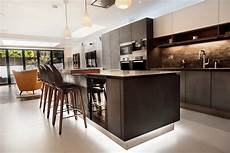 Modern Kitchen Pictures Luxury Contemporary Kitchen In Chiswick Elan
