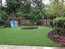 Backyard Designs With Artificial Turf Softlawn 174 Lawn Amp Landscaping Synthetic Turf International
