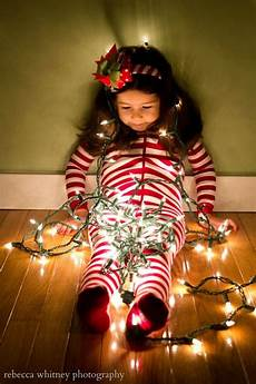 Baby Wrapped In Christmas Lights Photo Step By Step Instructions On How To Take The Kids Wrapped