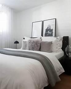 westwing schlafzimmer langhaar lammfell kissenh 252 lle ella in 2019 schlafzimmer