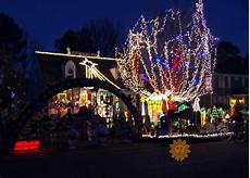 Norfolk Botanical Gardens Christmas Lights Hours Holiday Cheer Tacky Holiday Lights Pictures Cbs News