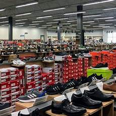 Dsw Designer Shoe Warehouse Montgomery Al Dsw Designer Shoe Warehouse 40 Photos Shoe Stores
