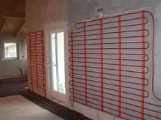 impianto riscaldamento a soffitto riscaldamento a pavimento le immagini degli impianti