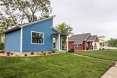 Tiny Houses Detroit Tiny Homes Transform Detroit Bu Today Boston