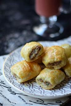 puff pastry sausage rolls cooking with curls