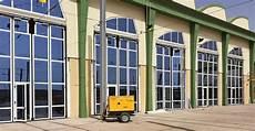 portoni per capannoni industriali kopron capannoni coperture baie di carico portoni
