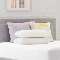 comfort revolution 2 pack memory foam bed pillow with