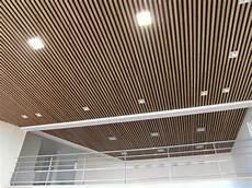 controsoffitti in legno prezzi controsoffitto legno pannelli termoisolanti
