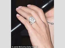 Scarlett Johansson sports slender band on her wedding
