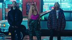 At40 Chart Store Dinah Brings The Party In Colorful Bottled Up Video