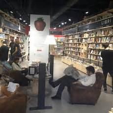 librerie feltrinelli a roma la feltrinelli closed bookstores via corso