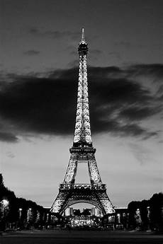 iphone wallpaper black and white city free iphone wallpapers hd cool black and white tower