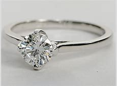 ?Leaf Prong? Solitaire Engagement Ring in 14k White Gold