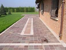 pavimentazione cortili esterni pavimenti per esterni pavimento da esterno
