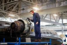 Airplane Mechanic 60 Top Airplane Mechanic Pictures Photos Amp Images