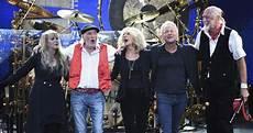 Fleetwood Mac Uk Charts Fleetwood Mac Announce 2019 Uk And Ireland Shows