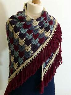 arrow tails shawl free crochet pattern shawl crochet