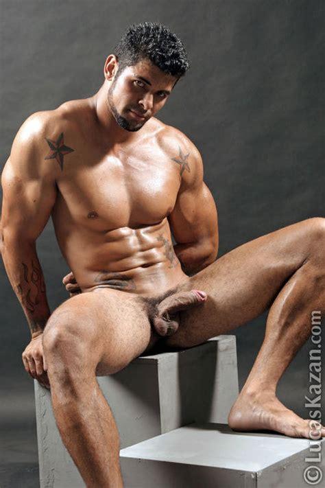 Cmen Gay Nude