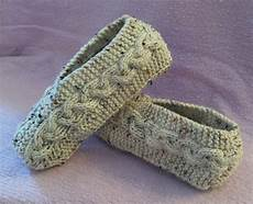 kweenbee and me learn to knit slippers with these patterns