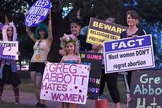 Womens Organizations At Anti Abortion Banquet Abbott Promises New Restrictions