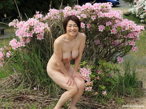 Nude Female Cyclist