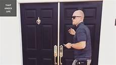 Door To Door Sales Job Description Facts About Knocking Doors Selling Pest Control Amp The Door