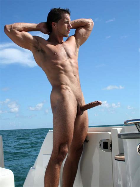 Busty Babes Nude Photos