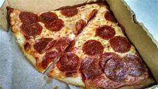 Armands Pizza Olney Armand S Pizza Slice Picture Of Armand S Pizzeria