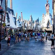 how to visit disney world and universal studios without