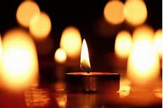 candela accesa una candela accesa per dire no alla in siria