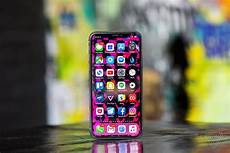 Dynamic Wallpaper Iphone Xs Reddit by The For Using The Iphone X Without A The Verge