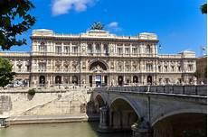 corte suprema italia corte di cassazione palazzo di giustizia a roma