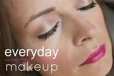 everyday makeup look from blushing basics my