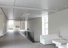 controsoffitti di design soffitti radianti fonoassorbenti per il riscaldamento e il