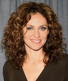 50 super easy casual hairstyles for medium hair my curly
