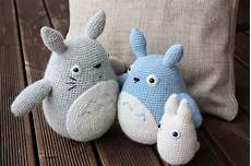 amigurumi totoro happyamigurumi amigurumi totoros grey blue and white
