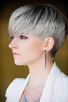 kurzhaarfrisuren pixie bilder 20 pixie haircut for gray hair frisuren haarschnitt