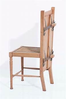 tavolo per stirare alla biblioteca daverio a la mostra 40 mobili