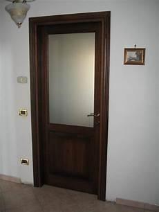 immagini di porte interne porta interna con vetro con vendita maniglie