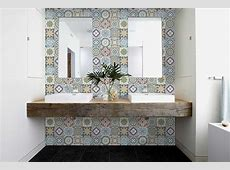 Can You Use Vinyl Flooring on Bathroom Walls? [ANSWERED W/ TIPS]