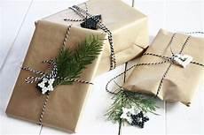 weihnachtsgeschenke verpacken ideen mit aquabeads