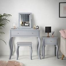 dressing table and mirrors on sale until 5 august 2020